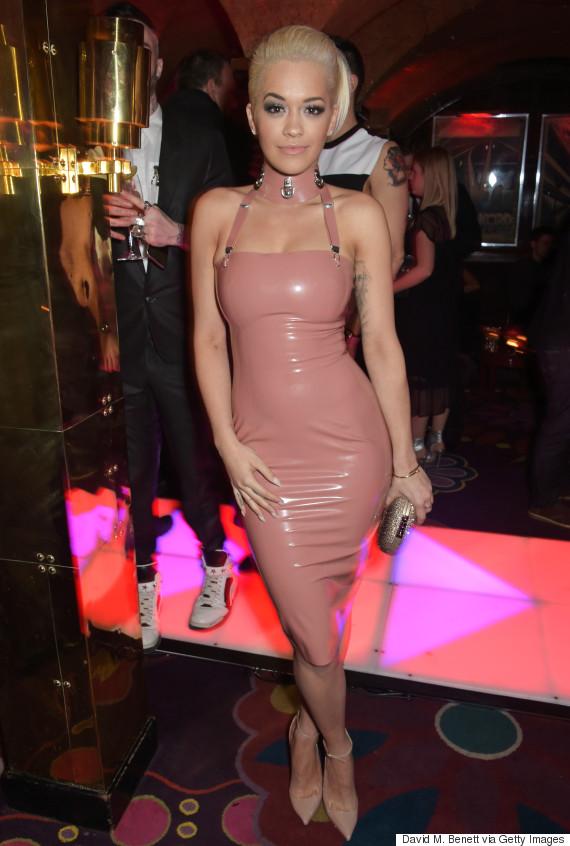 Duelo de vestidos! Kim Kardashian y Rita Ora usaron un vestido casi ...