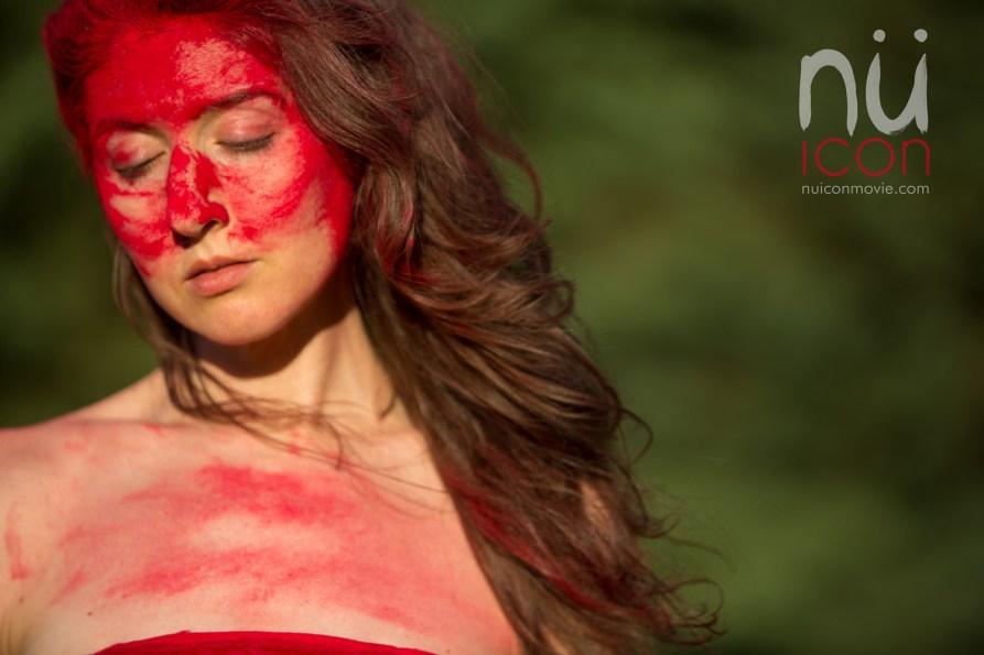Laüra Hollick Red