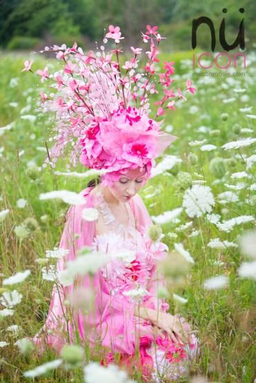 Laüra Hollick Pink
