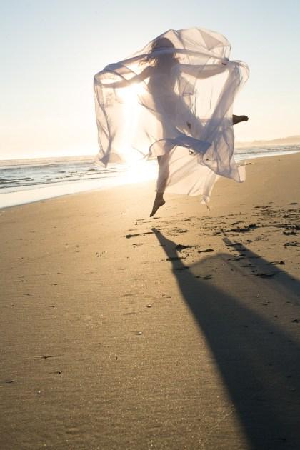 Laüra Hollick Shore Dance
