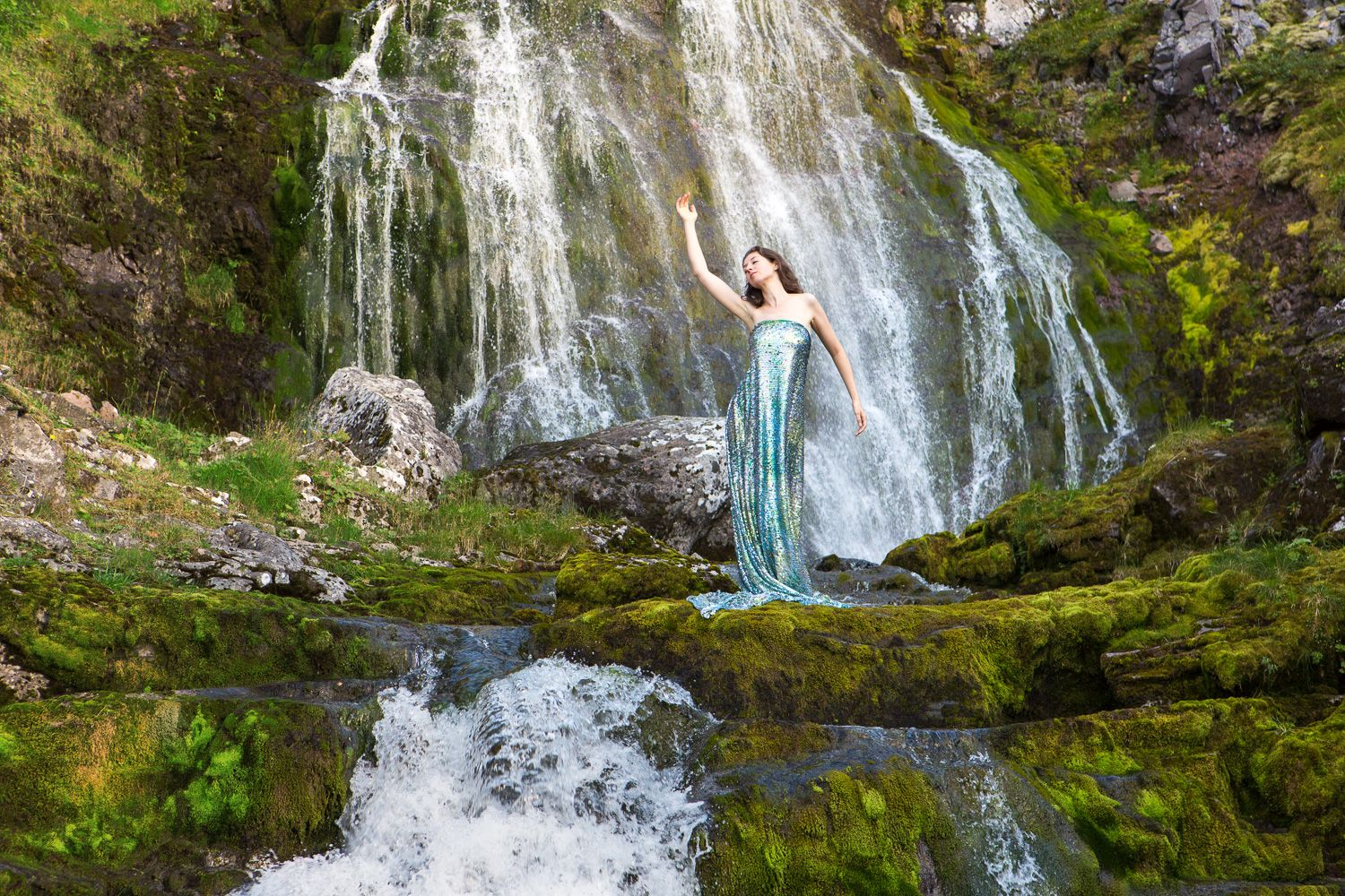 Flowing Shimmering Cleanse