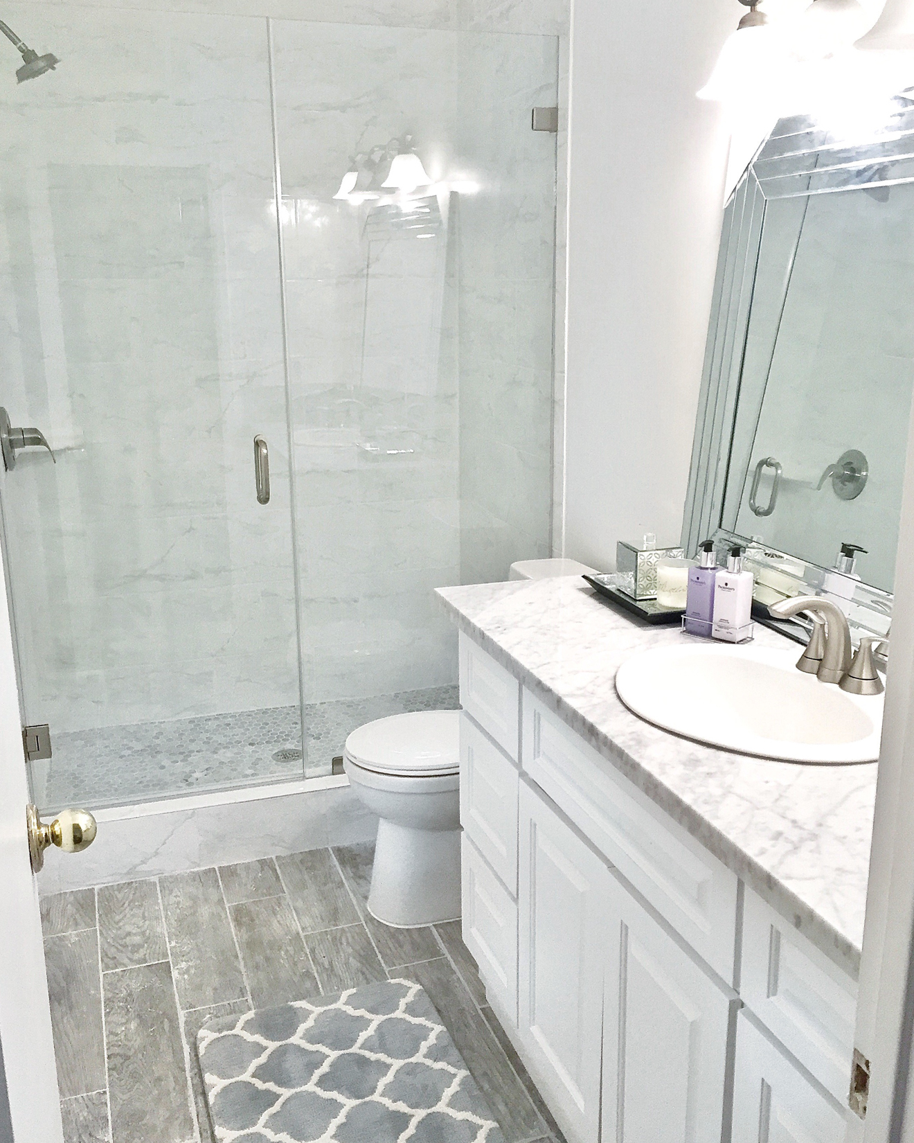 Modern Bathroom Remodel Ideas | Home Decor | Laura Lily on Modern Small Bathroom Remodel  id=70079