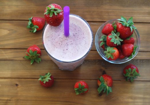 smoothie_strawberries_1200px