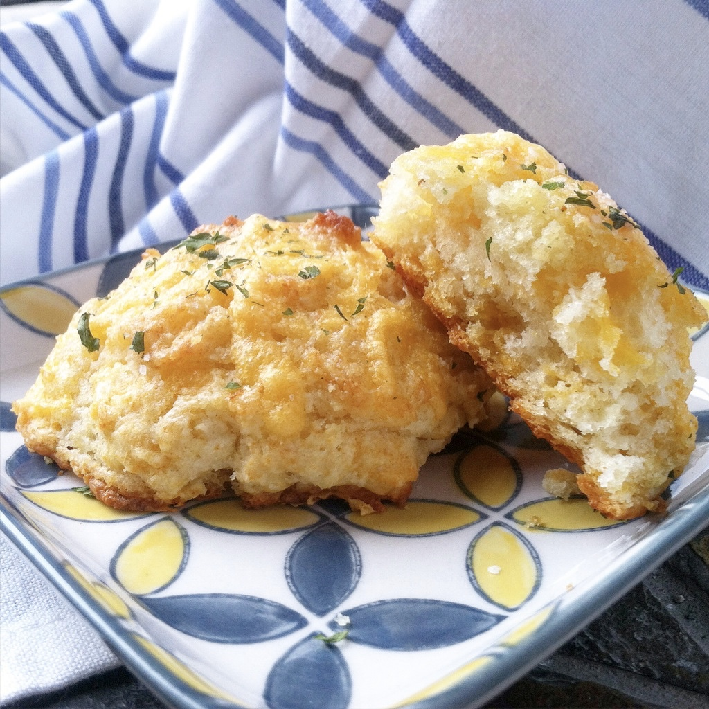 Simple Cheddar Garlic Drop Biscuits