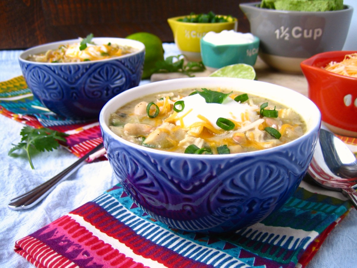 Incredible Blonde Chicken Chili {and Welcome to Chili January}