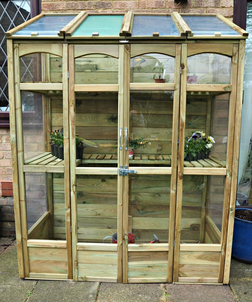 Victorian Tall Wall Greenhouse Review