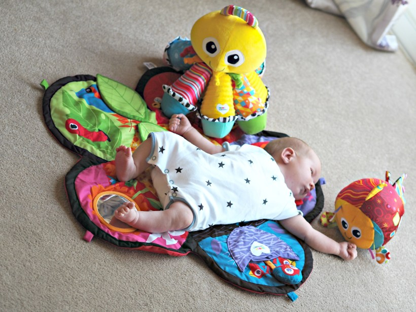Encouraging Baby's Development with Tomy Lamaze - play mat 2