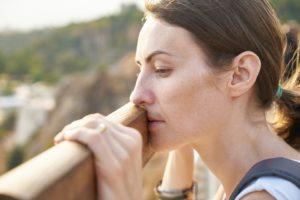 Voce debole, affanno, tosse, facilità ad ammalarsi... i volti del deficit di Qi del Polmone