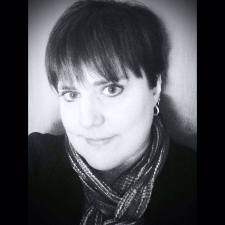 Laurel Storey, CZT - Certified Zentangle Teacher