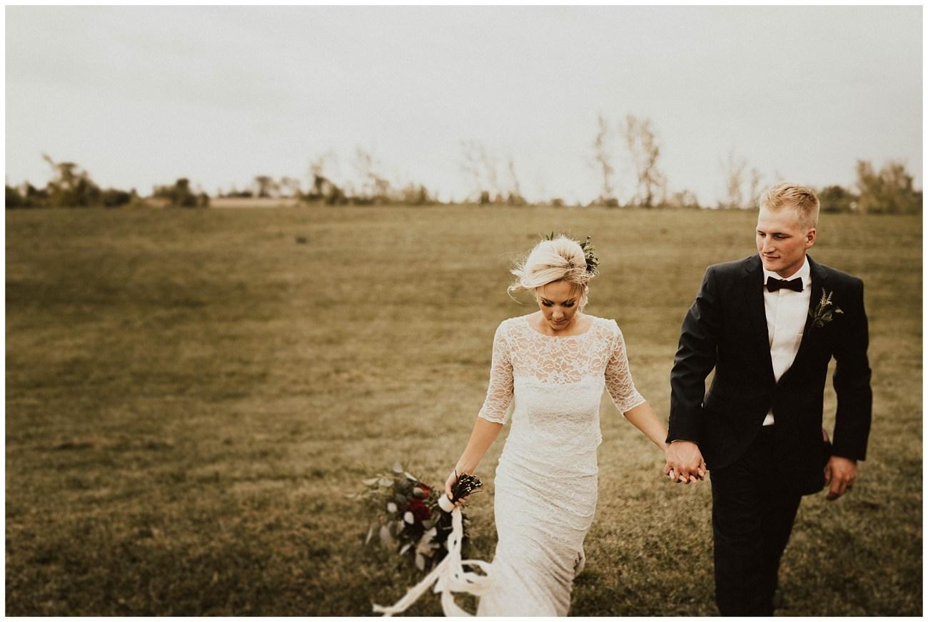 7ab48337 Intimate Backyard Wedding - Lauren F.otography | Central Illinois ...