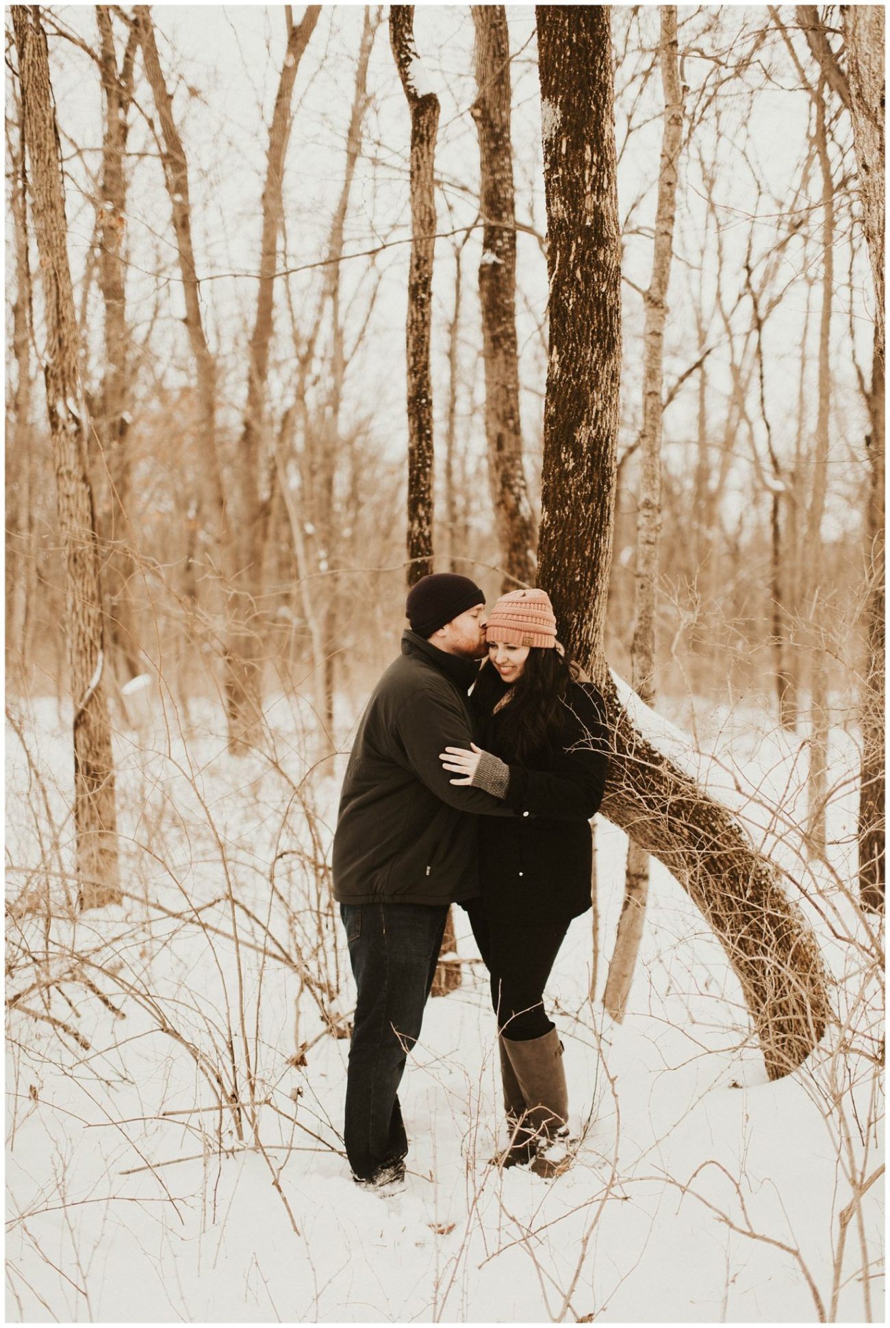 486cb09bd67607 Ben + Lainee // Winter Engagements - Lauren F.otography