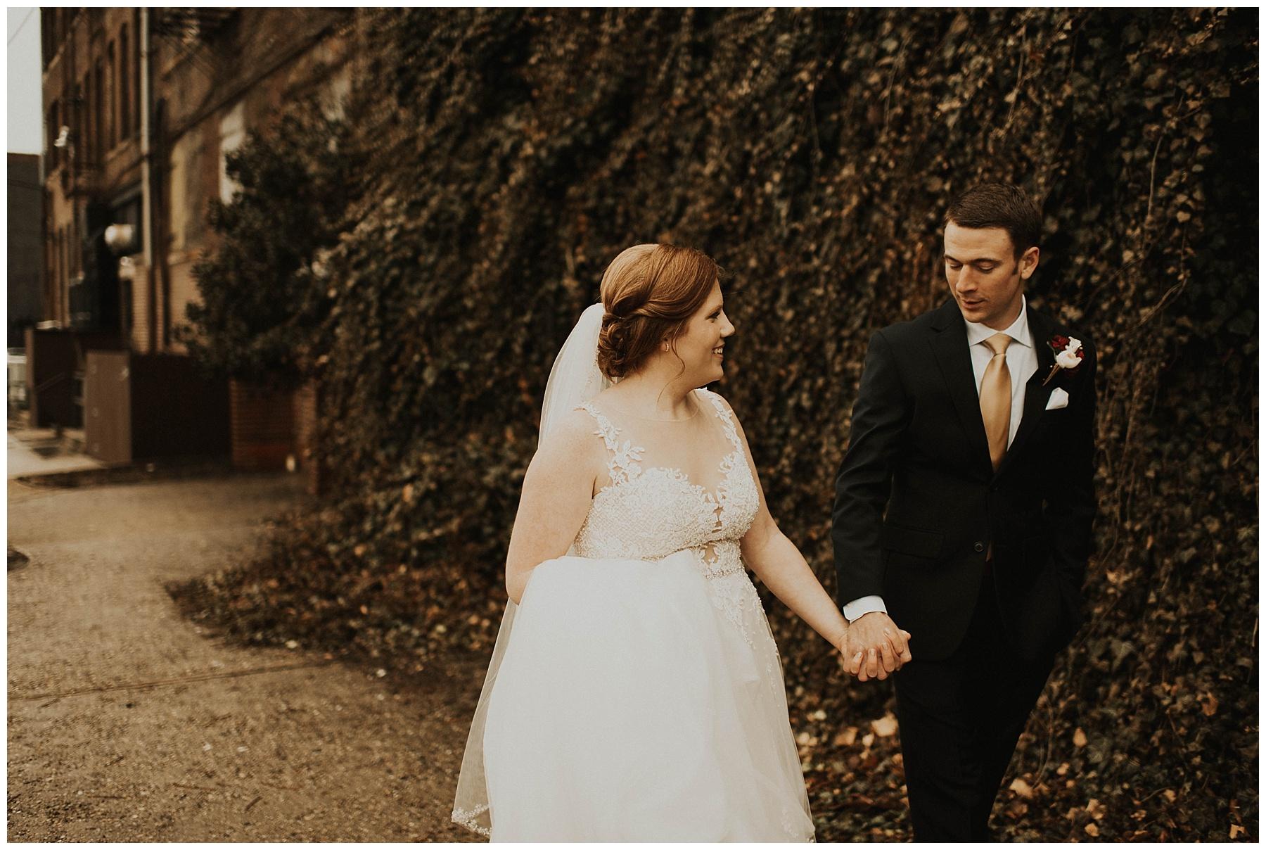f5c39b930427 Johnny + Eliza    Classic Winter Wedding - Lauren F.otography