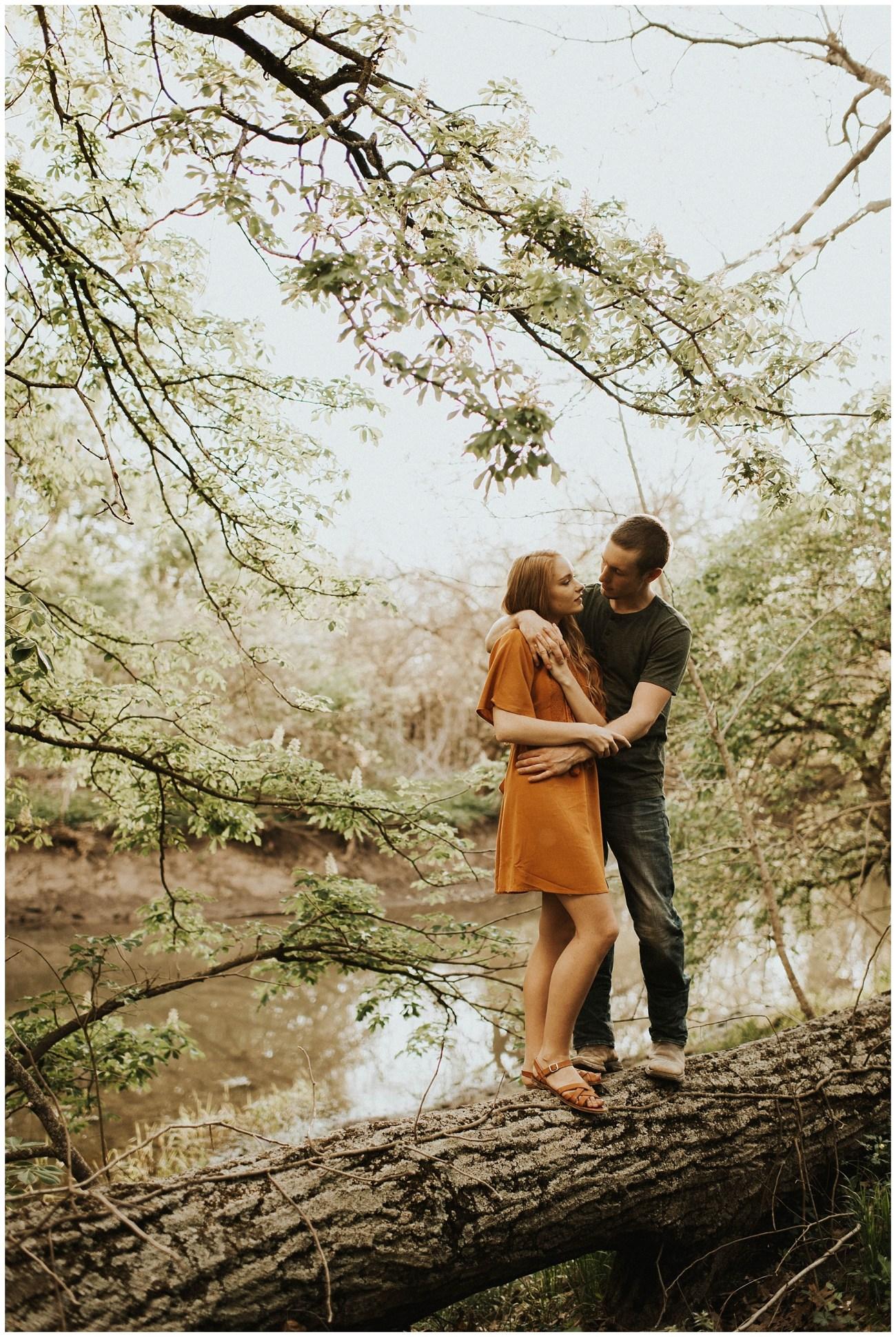 Nelson + Kendra // Warm Summer Engagements - Lauren F