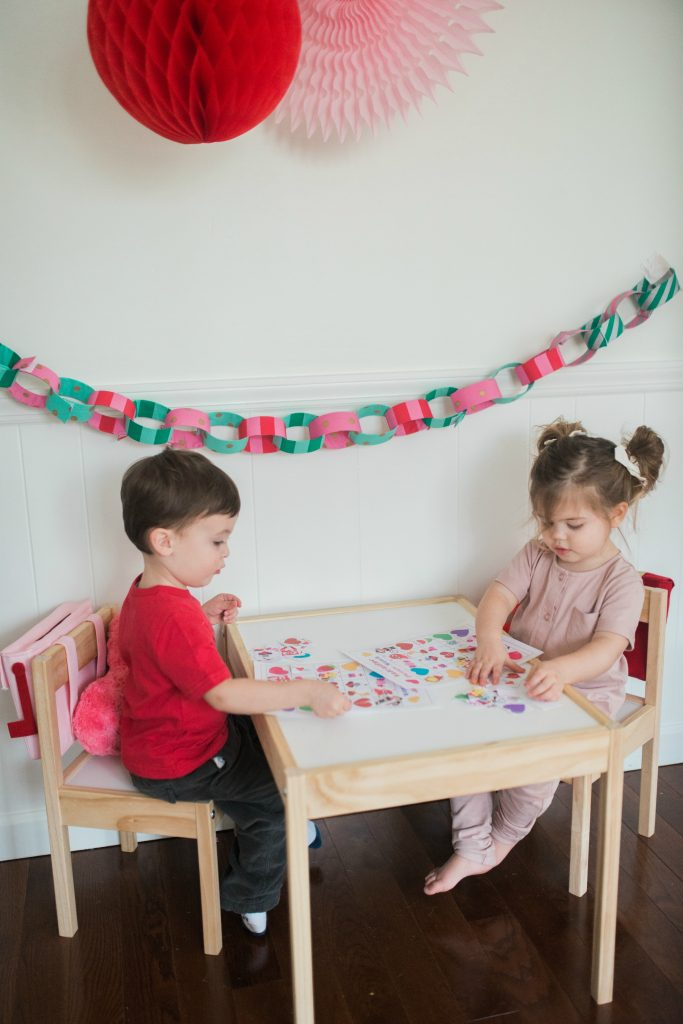 Valentine's Day printable bingo match game for kids!