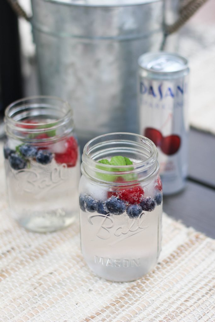 Mint Berry Summer Mocktail