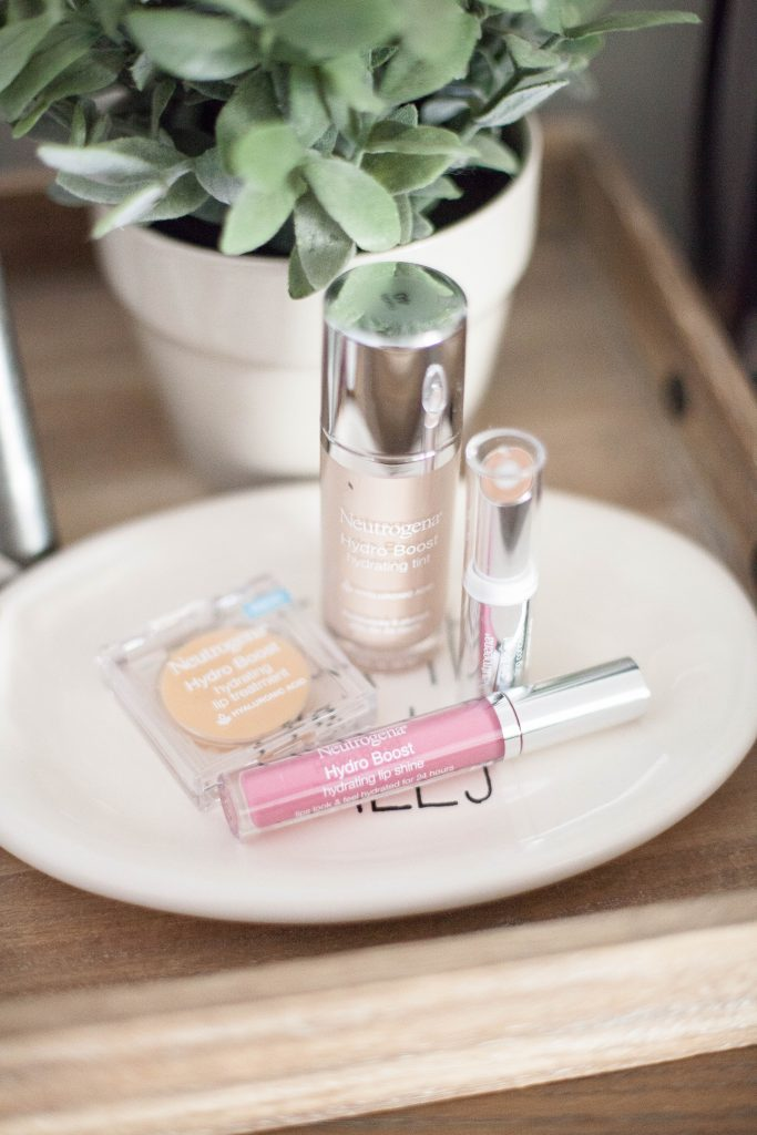 Check out this quick and easy 5 minute mom makeup tutorial featuring all drugstore products!