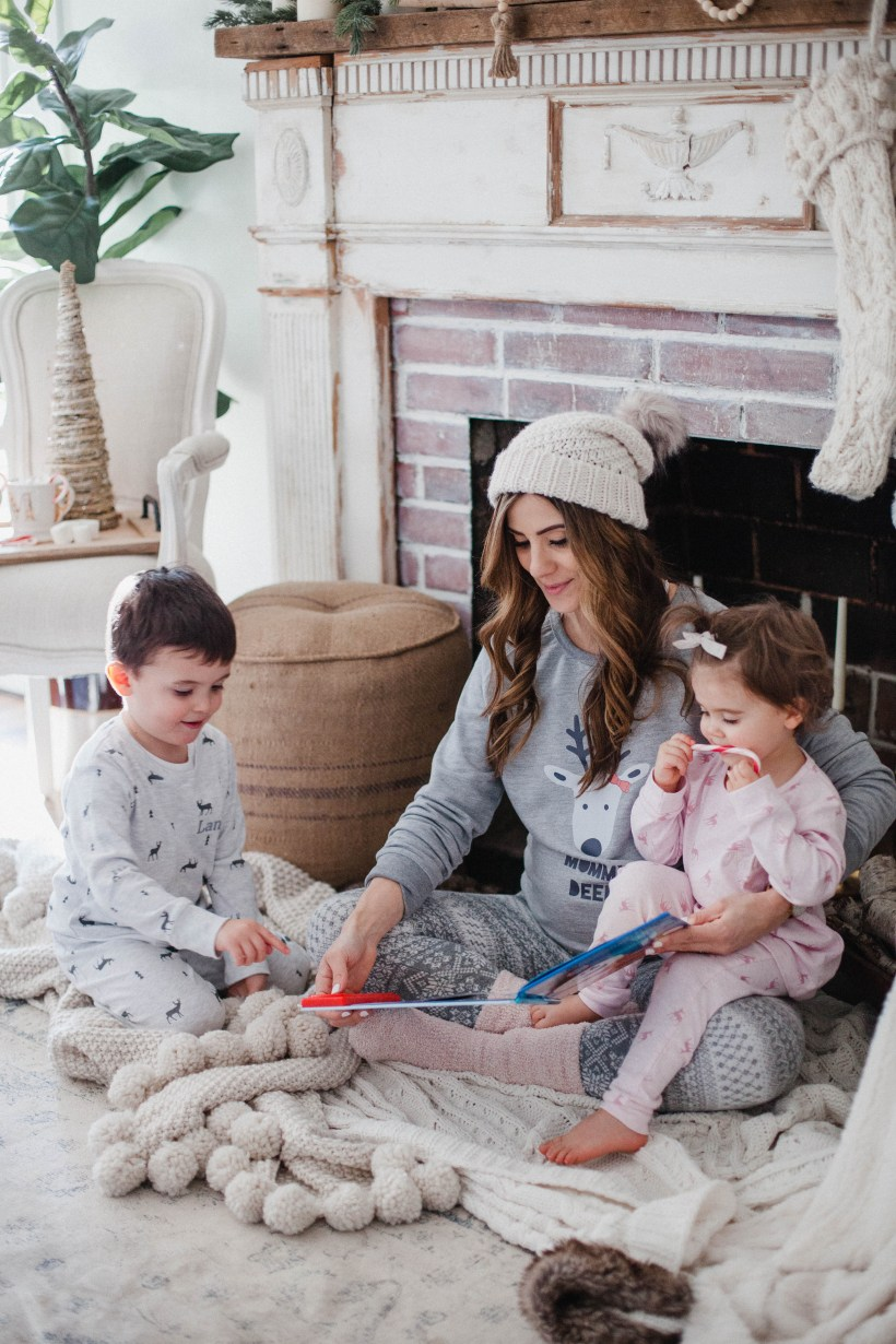 "Life & style blogger Lauren McBride shares the perfect way to gift ""The Magic of Family Time"" this holiday season with personalized gifts from My 1st Years."