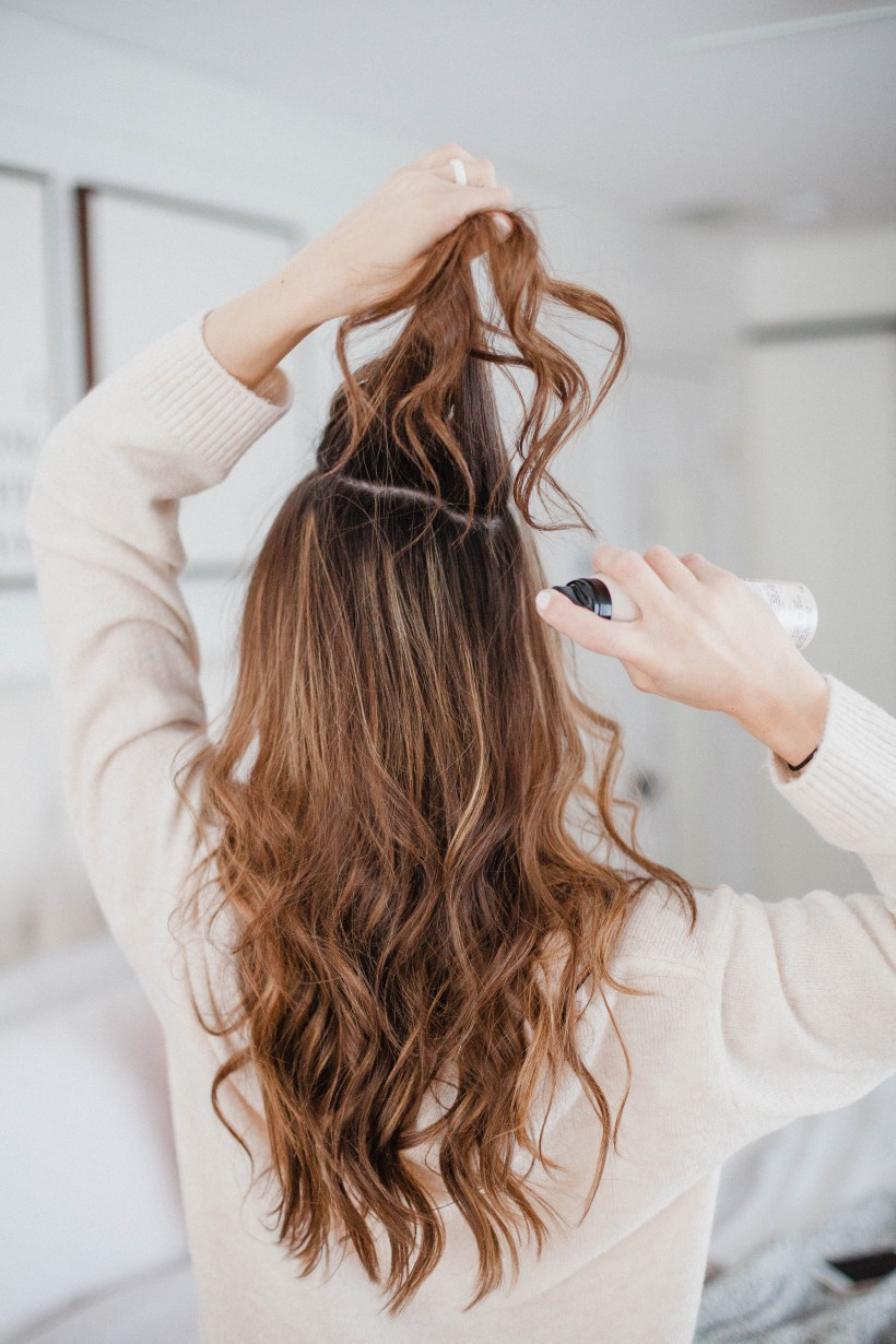 Life and style blogger Lauren McBride shares How to Use Dry Shampoo, plus her top picks for the best dry shampoo on the market.