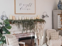 Christmas-Cottage-Living-Room-2018-11