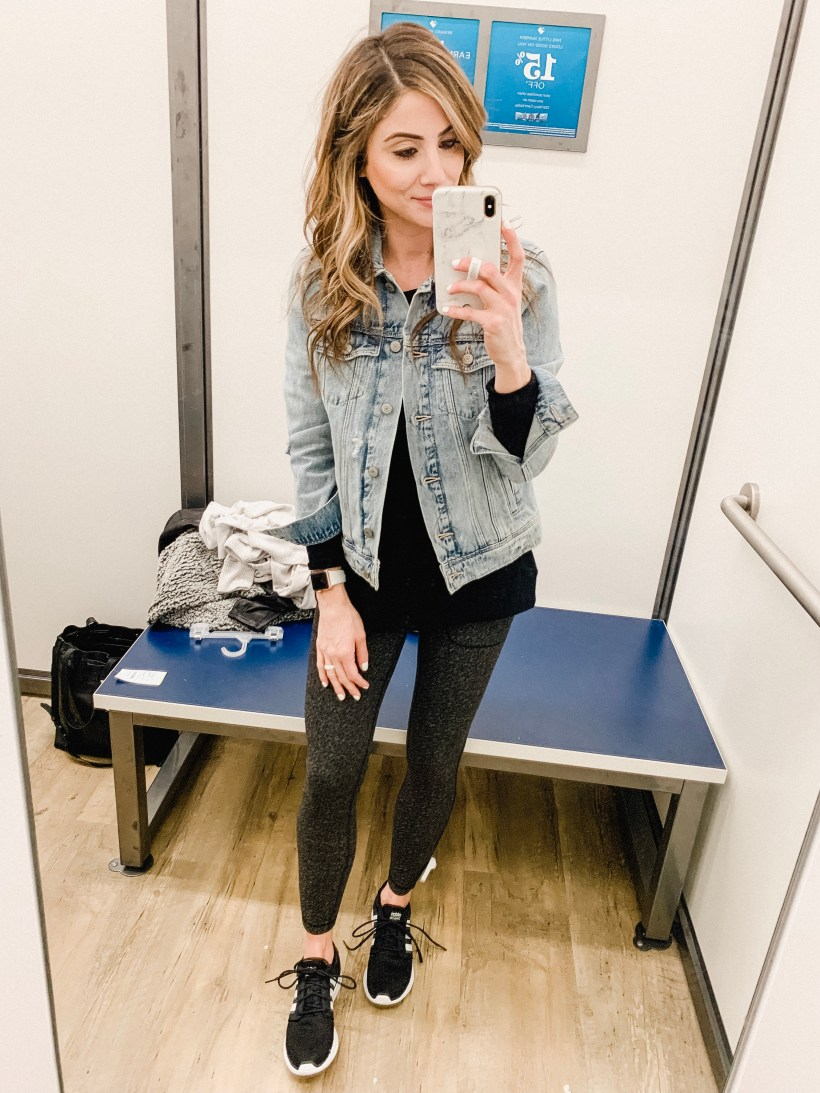 Connecticut life and style blogger Lauren McBride shares and Old Navy try on featuring athletic wear and ways to transition to athleisure.