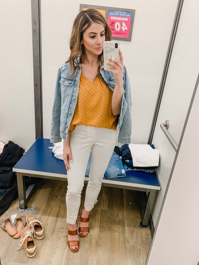 Connecticut life and style blogger Lauren McBride shares a March Old Navy try on featuring spring staples that will maximize your wardrobe.