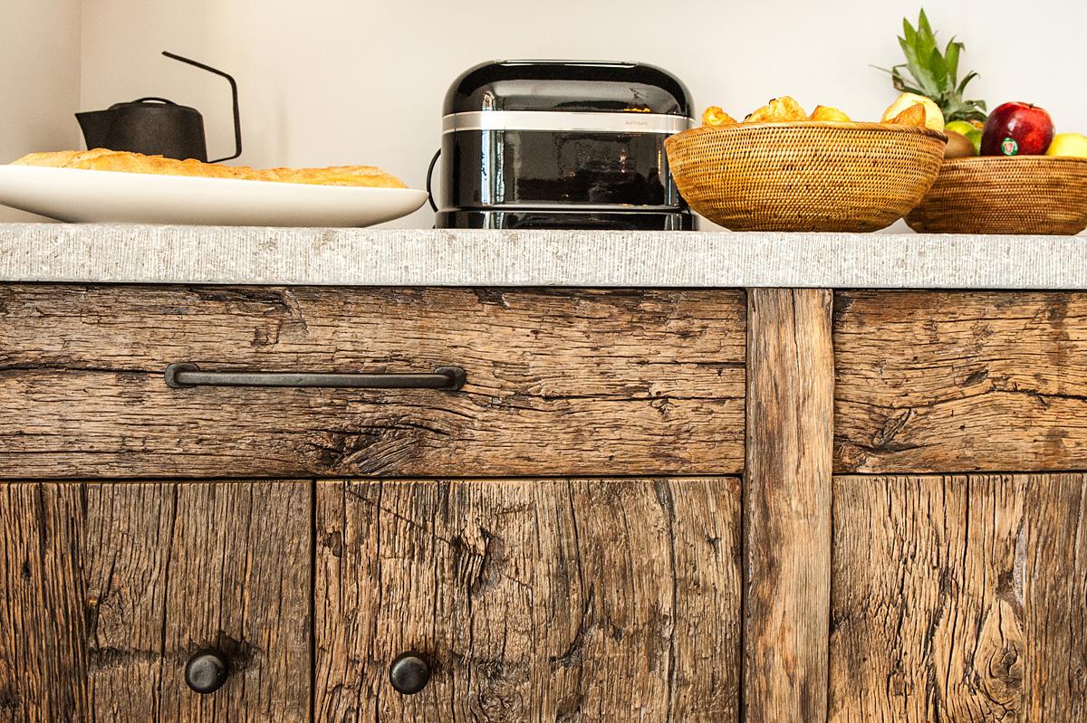 meuble cuisine facade bois chene ancien - laurent passe