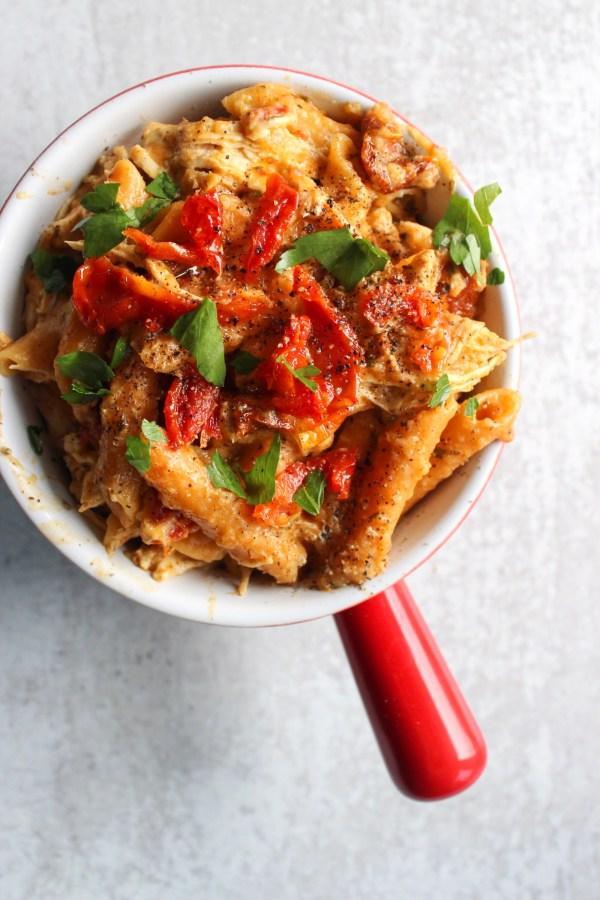 healthy tuscan chicken pasta