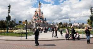 L'entrée du parc Disneyland Paris