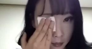 Une coréenne se démaquille et la transformation est incroyable!