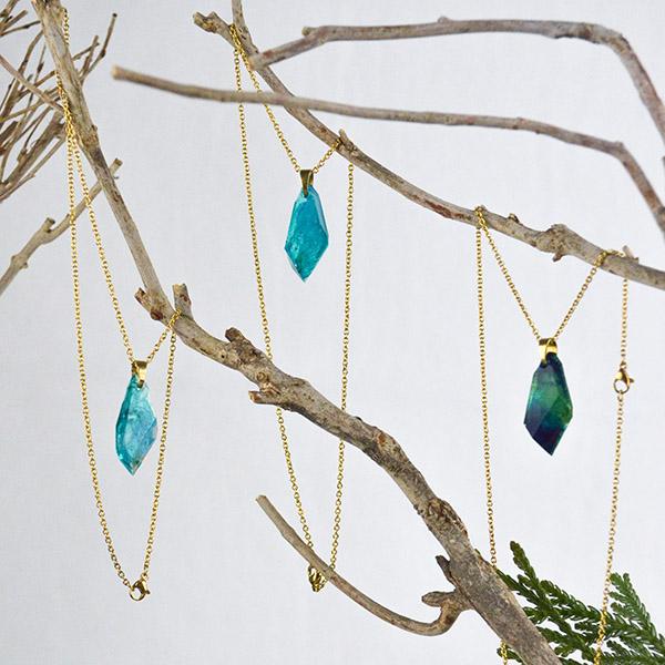 Resin Ketting Turquoise Goud