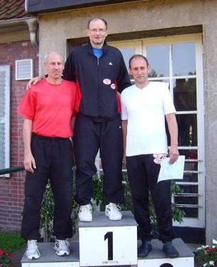 Siegerehrung Fünfkampf M 55 v.l.n.r.: Gerd Remmers, Joachim Hickisch und Ingo Kaun
