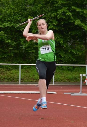Tabea Wichern vom TSV Wehdel siegte im Speerwurf der weiblichen Jugend U18.