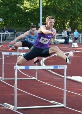 Der Team-Europameister Silvio Schirrmeister wurde seiner Favoritenrolle über die 400m Hürden der Männer gerecht.