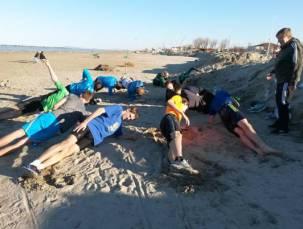 Für Übungen im Stabilitätsbereich bot sich der Strand an