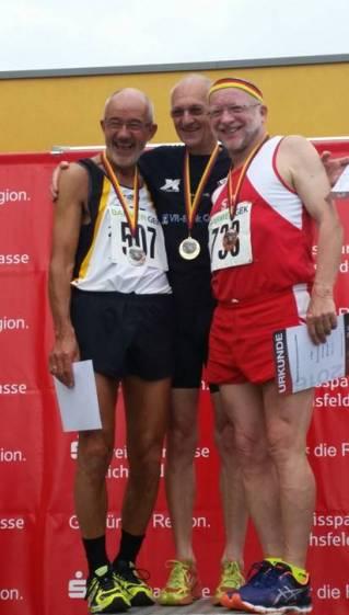 Helmut Meier, Karl Dorschner und Wilfried Heckner Siegerehrung 100m M65