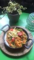Пълнени тиквички с ориз, зеленчуци и сос бешамел