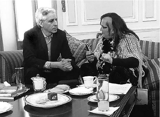 García Linera y María Galindo