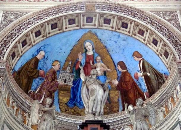 Gian_Galeazzo_dona_alla_Madonna_la_Certosa.jpg