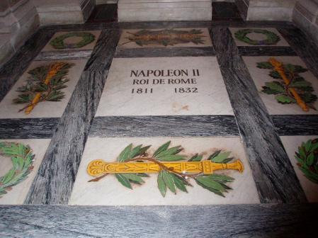 Tumba de Napoleón II en los Inválidos.