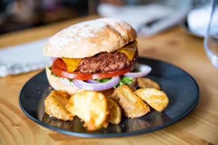 In this dish there are zero grams of meat, the hamburger is 100% vegetable