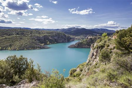 Embalse de El Grado, en Huesca