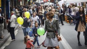 La calle Gran de Gràcia será peatonal en las tardes del primer sábado de cada mes