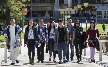El número de universitarios chinos en Barcelona se duplica en dos años