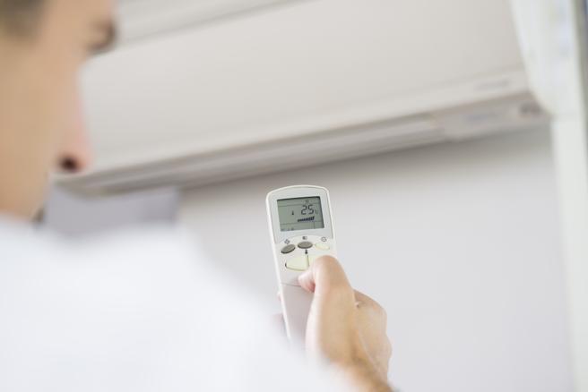 Bajar un grado el aire acondicionado supone un aumento en el consumo