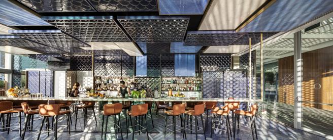 La coctelería Blue Wave, premiada en los Restaurant & Bar Design Awards​