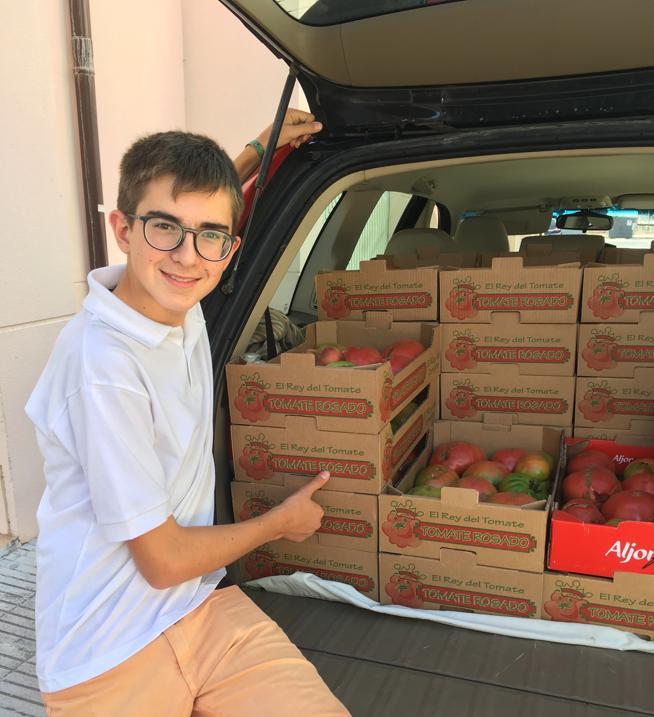 Javier y su padre hicieron muchas veces el trayecto Barcelona-Huesca-Barcelona para traer los tomates hasta la capital catalana