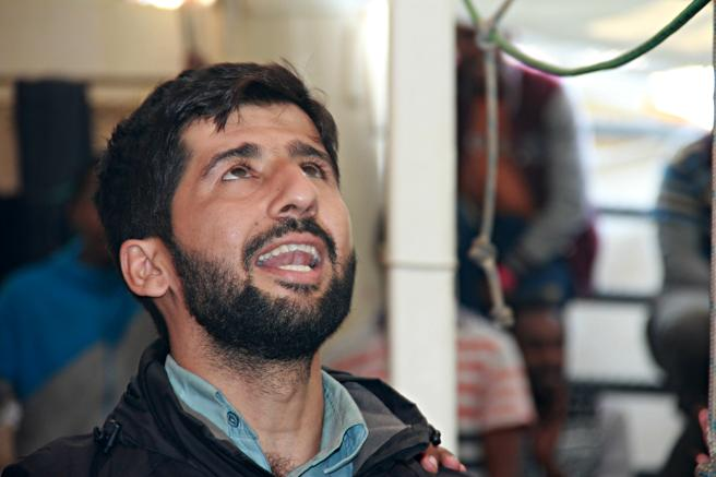 Adil, refugiado pakistaní rescatado por el 'Golfo Azzurro'