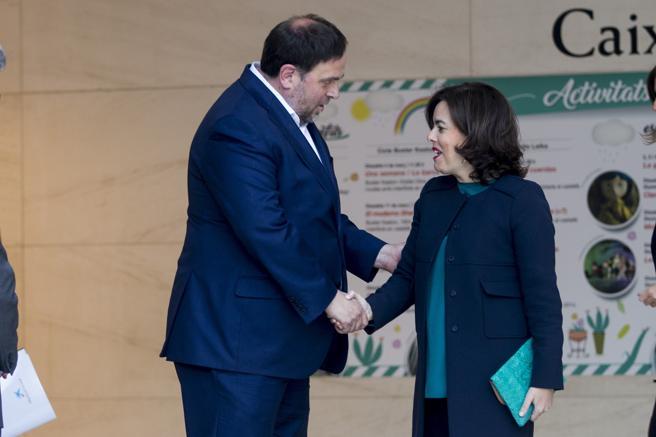 Saludo cordial entre ambos vicepresidentes