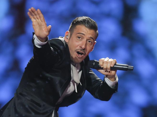 Francesco Gabbani , el representante italiano, durante los ensayos de Eurovisión 2017 en Kiev