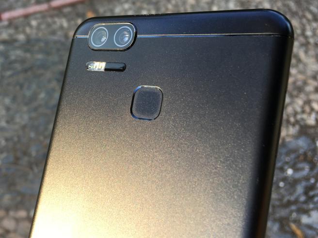 La doble del cámara del Asus Zenfone Zoom S.